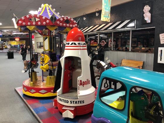 mall kiddie ride